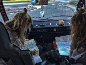 vriendinnen op vakantie met vw t3 camper