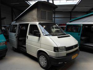 volkswagen t4 westfalia camper met hefdak in de kleur wit