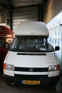 voorkant volkswagen t4 camper wit